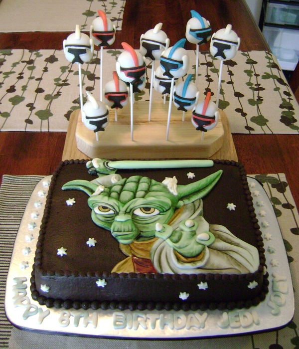 Clonewars Bday Cake And Pops