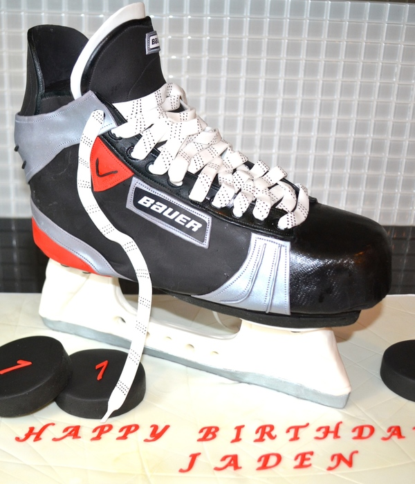 This Is The Hockey Skate Cake I Made This Weekend The Base...
