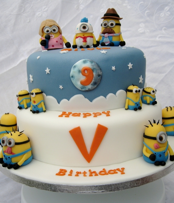 Top Despicable Me Cakes CakeCentralcom