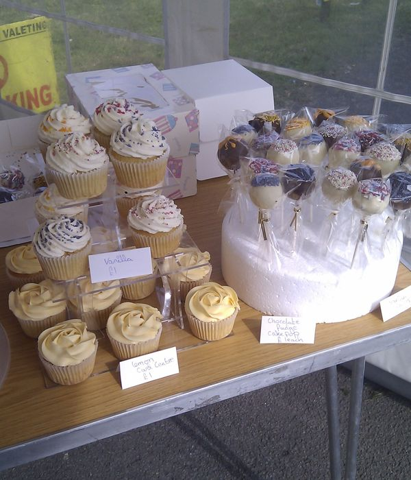 Charity Sale Cupcakes And Cakepops