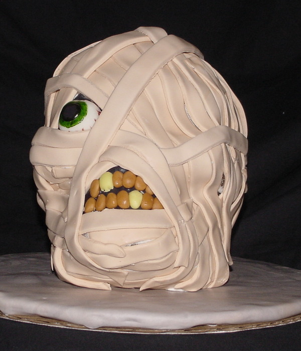 Mummy Head Cake