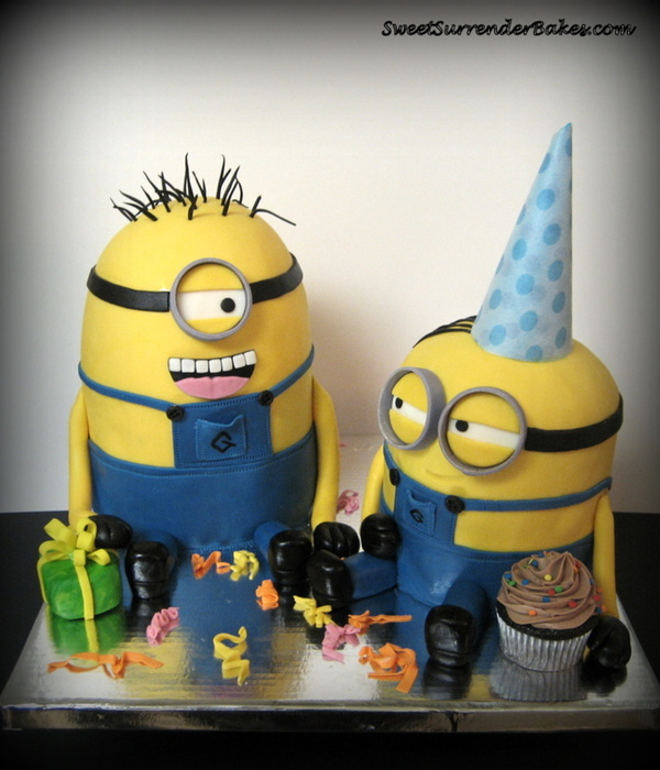 Despicable Me Minions Cake All Edible