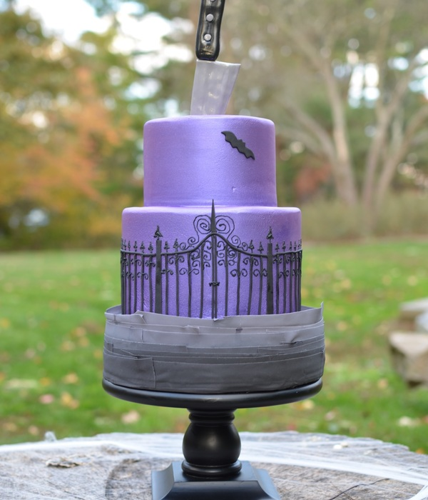 Halloween Cake With Gum Paste Knife