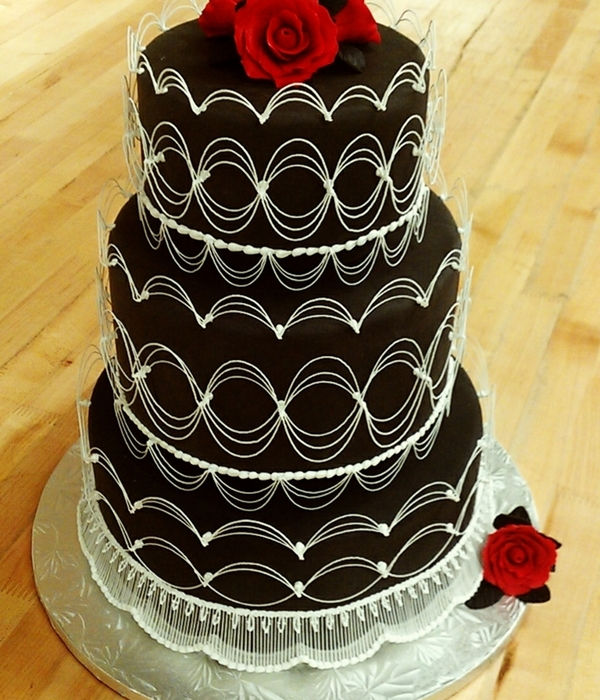 Oriental Stringwork Wedding Cake