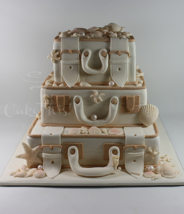 Vintage Luggage Wedding Cake