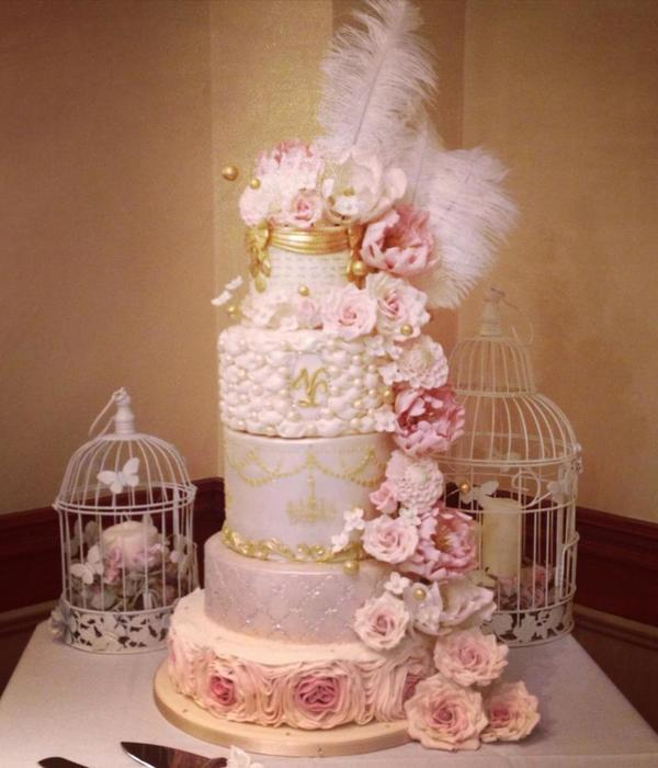 Pink champagne Cake Decorating Photos