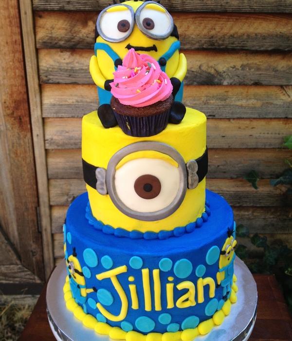 Top Minion Cakes CakeCentralcom