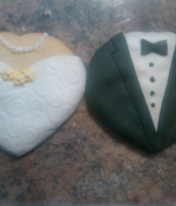 Wedding Dress Tuxedo Cookies