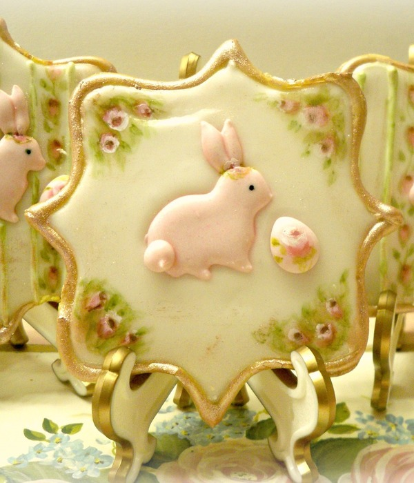 Shabby Chic Easter Cookies With Hand Painted Details