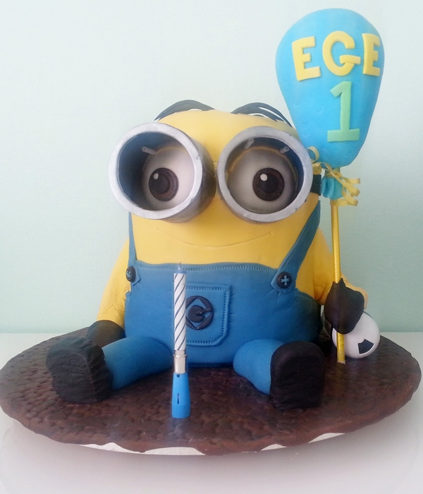 1St Birthday 3D Minion Cake