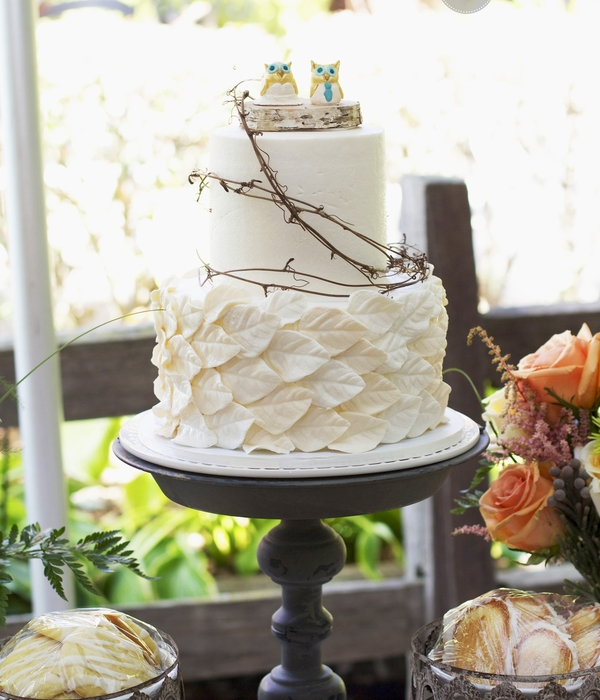 Ivory Leaf Wedding Cake With Grapevine, Birch And Ceramic Owl Cake Toppers