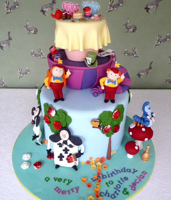 Adventurous Alice In Wonderland Cakes Cakecentral