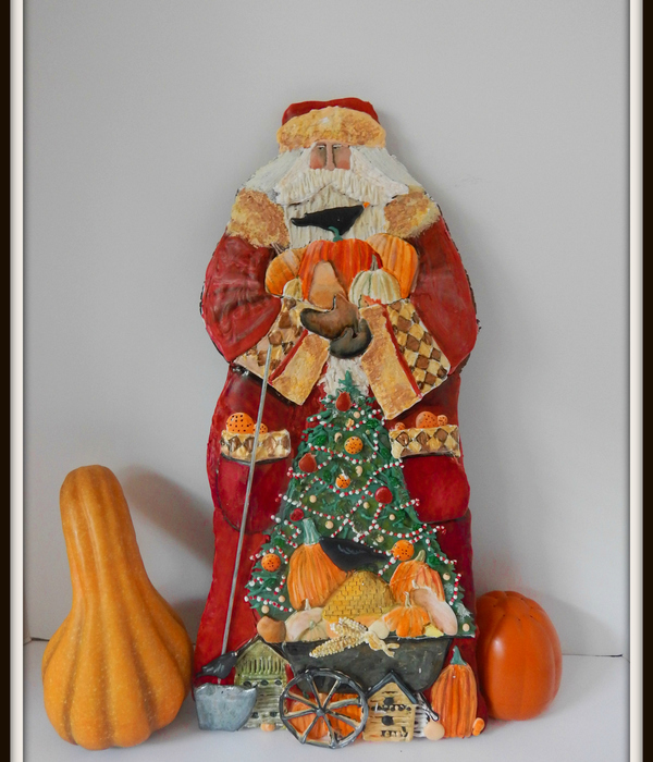 Two Foot Tall Gingerbread Harvest Santa Cookie