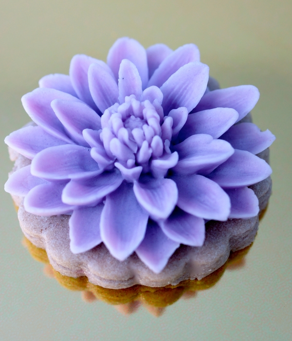 Lavender Chrysanthemum Cookies