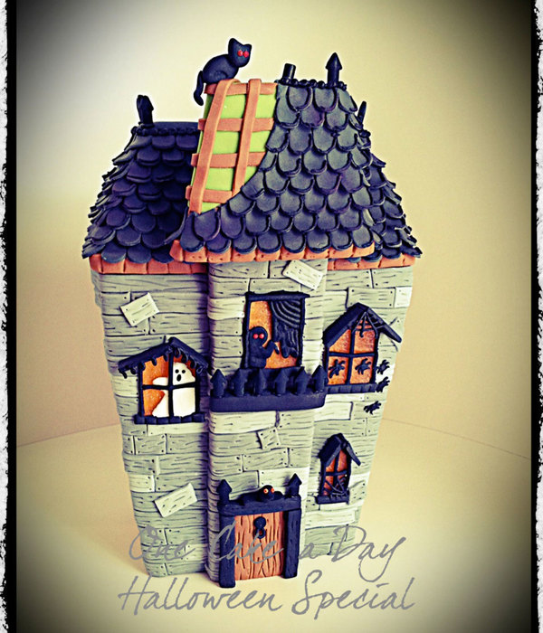 One Cake A Day Spooky Mansion
