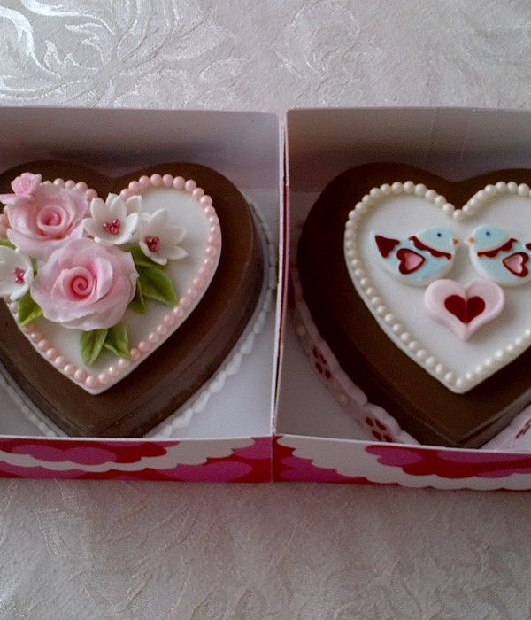 Fondant Hearts With Painted Birds And Trim Fondant Flowers And Wilton Sugar Pearls And Candy Hearts