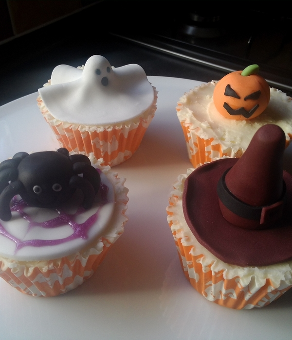 Halloween Themed Cupcakes
