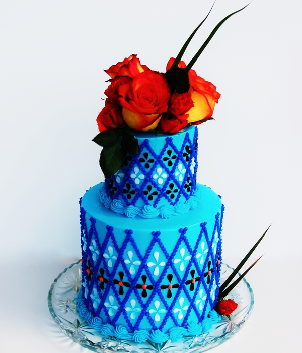 Hand Piped Buttercream Blue Argyle Cake
