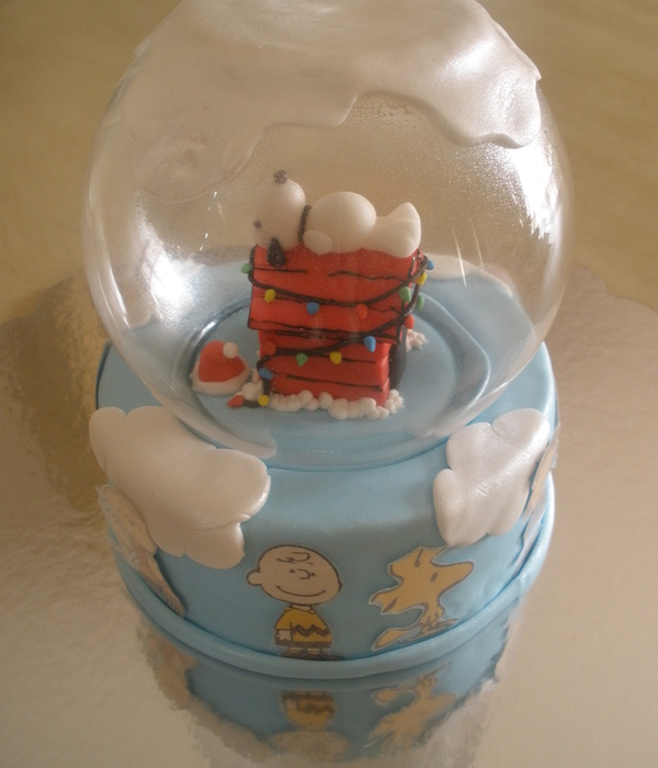 Charlie Brown Snow Globe Christmas Cake