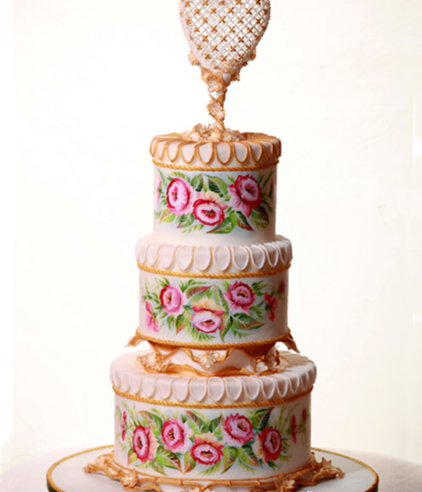 Wedding Cake Flowers And Heart Hand Painted With Royal...