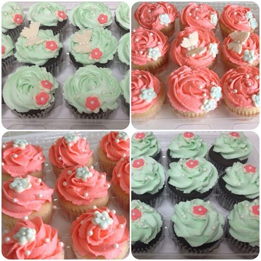 Coral And Mint Wedding Cupcakes