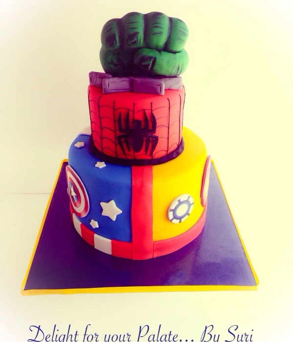 Superman cake Photos