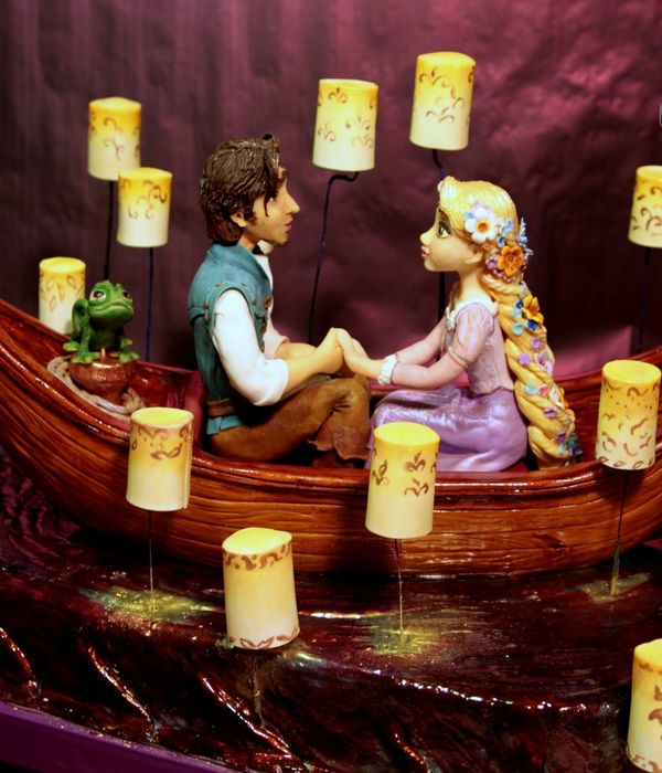Cake On The Cartoon Rapunzel Tangled Modeling Without The Use Of Molds
