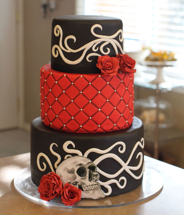 Gothic Rockabilly Wedding Cake With Sugar Roses Filigree And A Hand Painted Skull By Sweet And Swanky Cakes