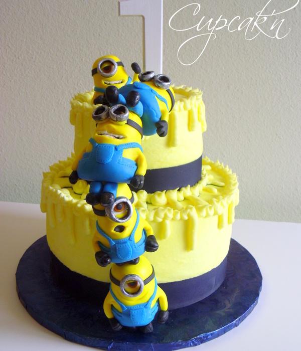 Top Minion Cakes - CakeCentral.com