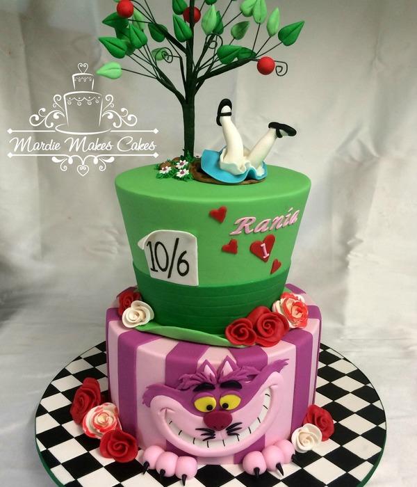 Adventurous Alice In Wonderland Cakes Cakecentral