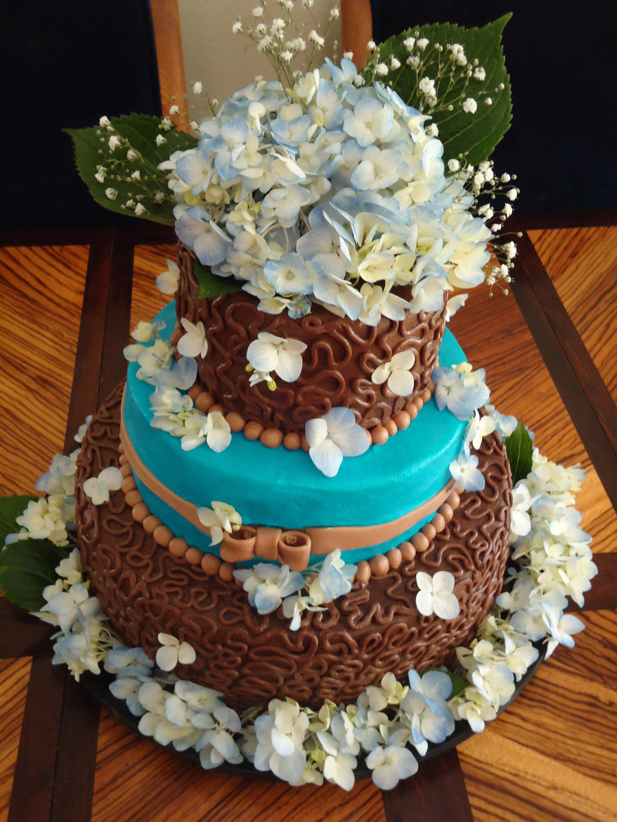 blue and brown wedding cakes hydrangea blue and brown wedding cake cakecentral 11942