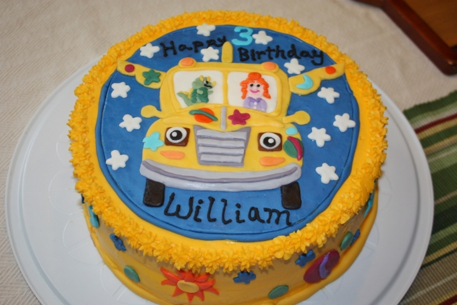 Super Magic School Bus Cake Cakecentral Com Personalised Birthday Cards Cominlily Jamesorg