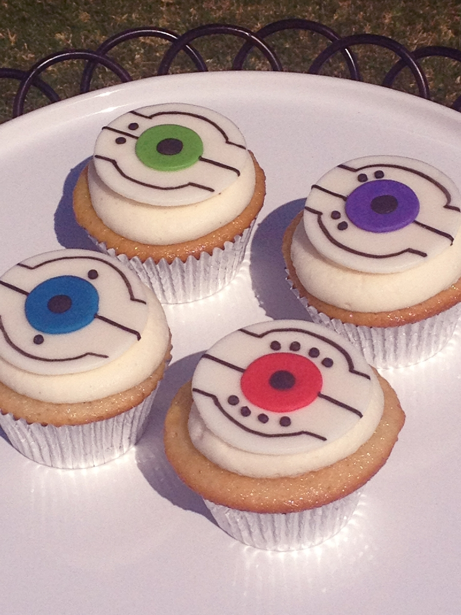 Portal Core Cupcakes on Cake Central