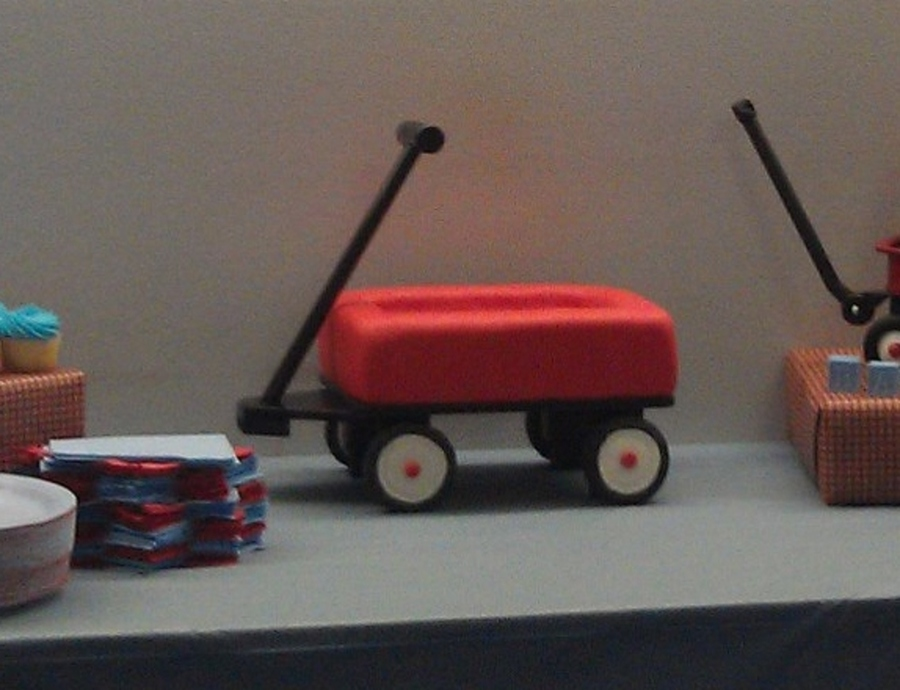 Radio Flyer Wagon  on Cake Central