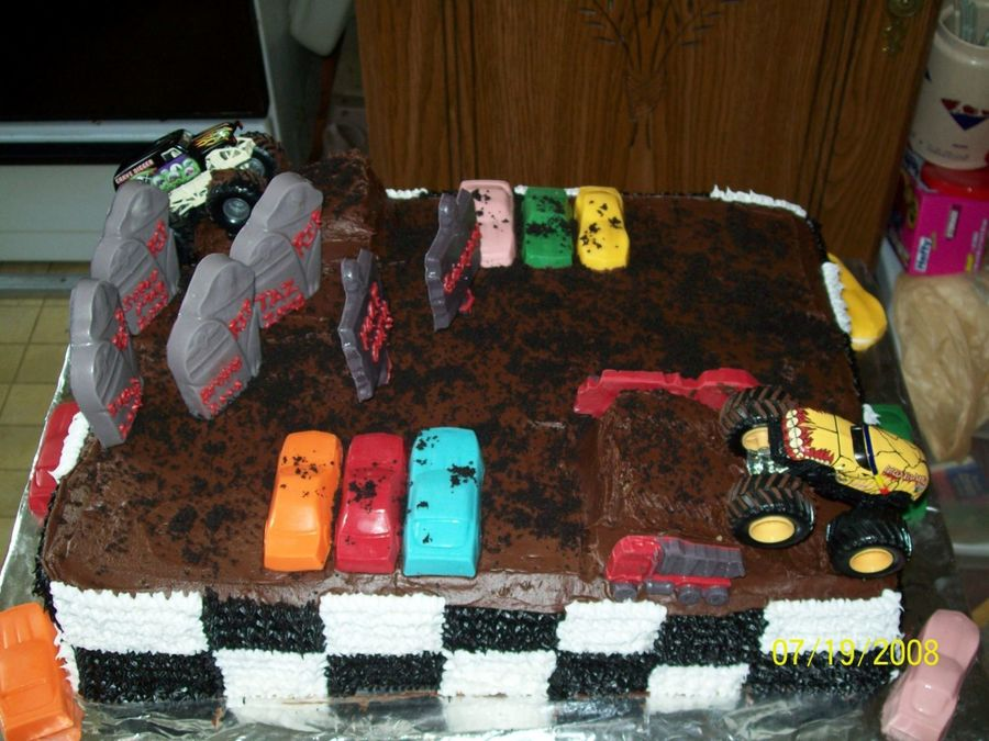 Monster Trucks on Cake Central