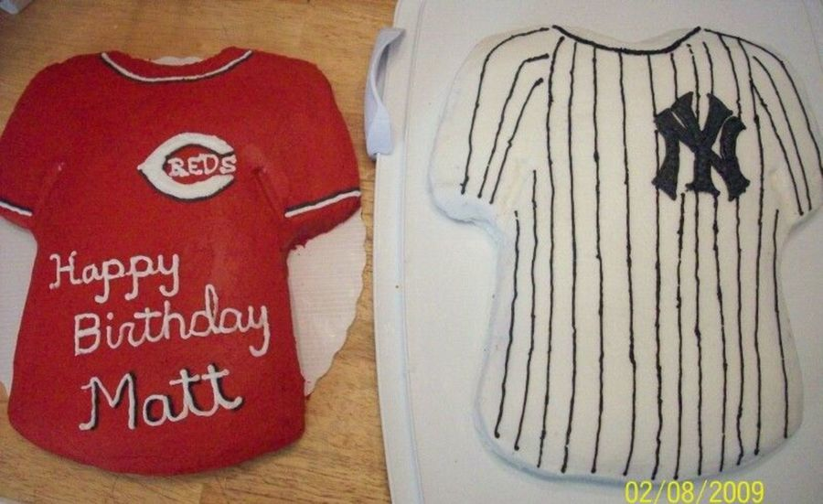Reds And Yankees Birthday Cakes on Cake Central