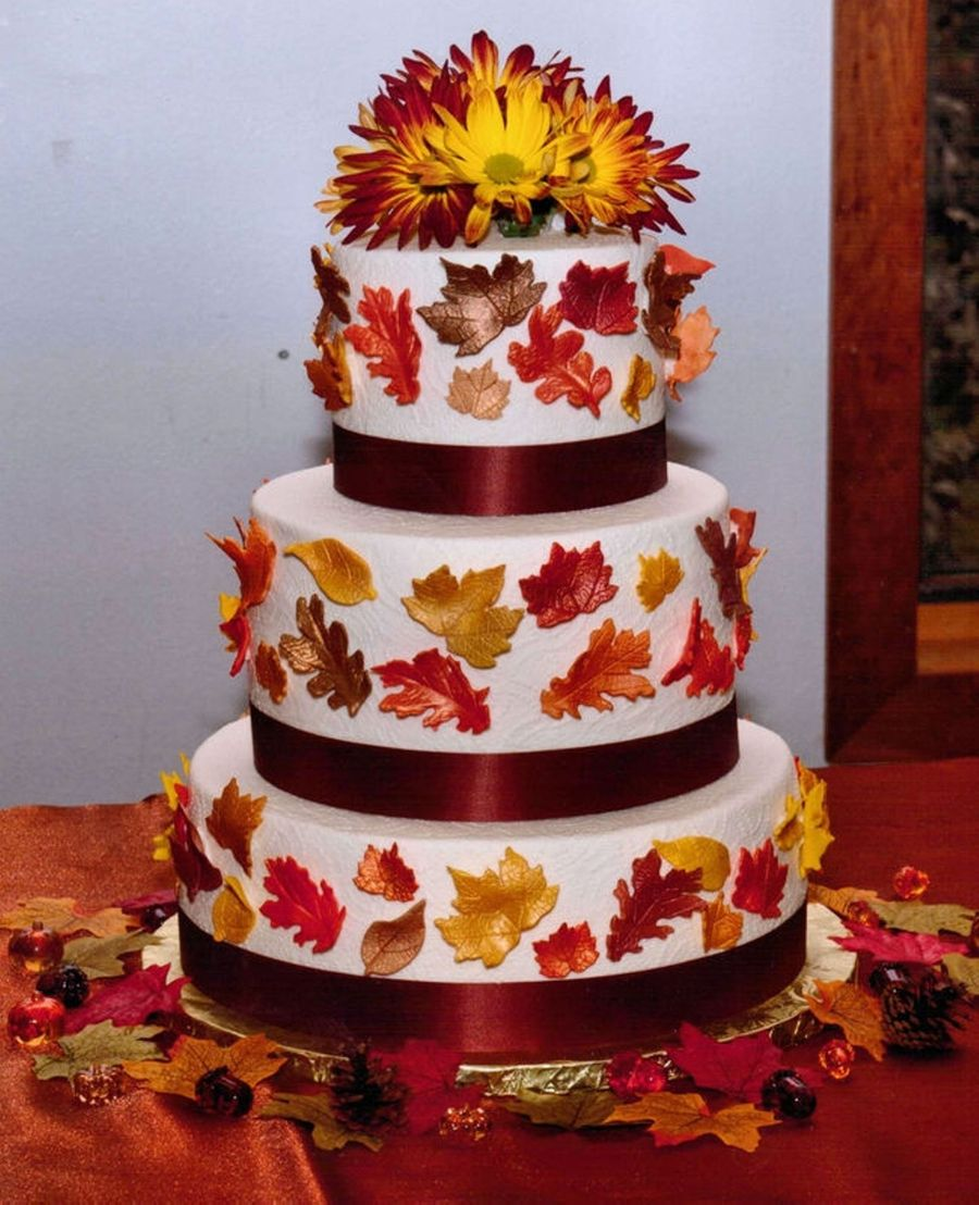 Fall Leaves & Mums on Cake Central
