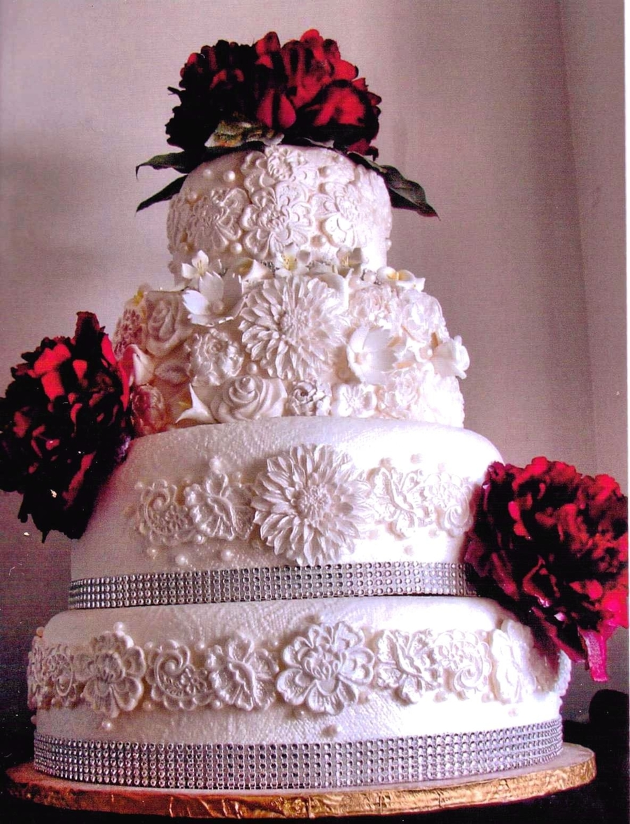 Lace, Flowers, Pearls & Bling on Cake Central