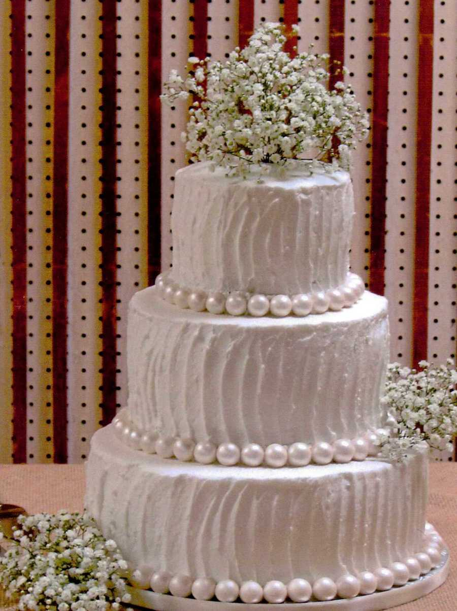 wedding cake icing borders white rustic buttercream with fondant pearl borders and 22865
