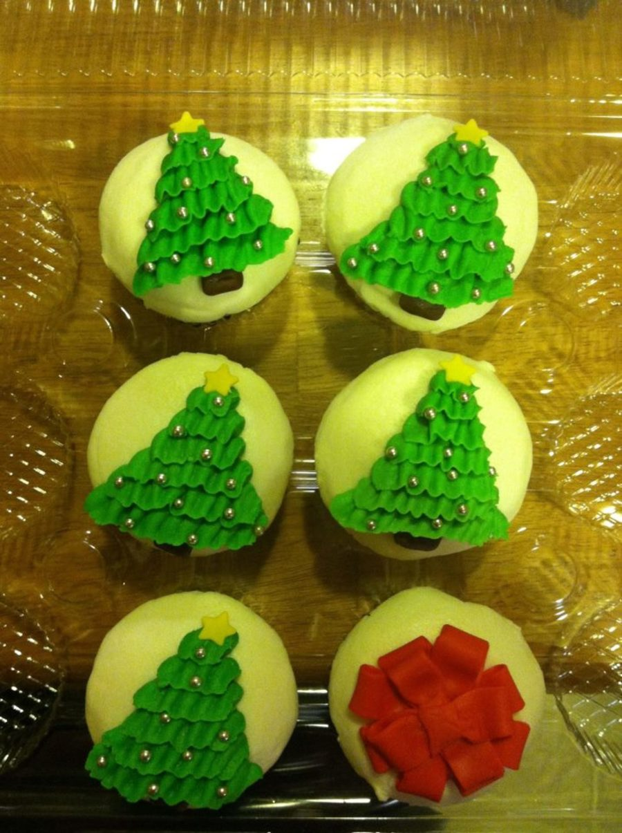 Christmas Cupcakes on Cake Central