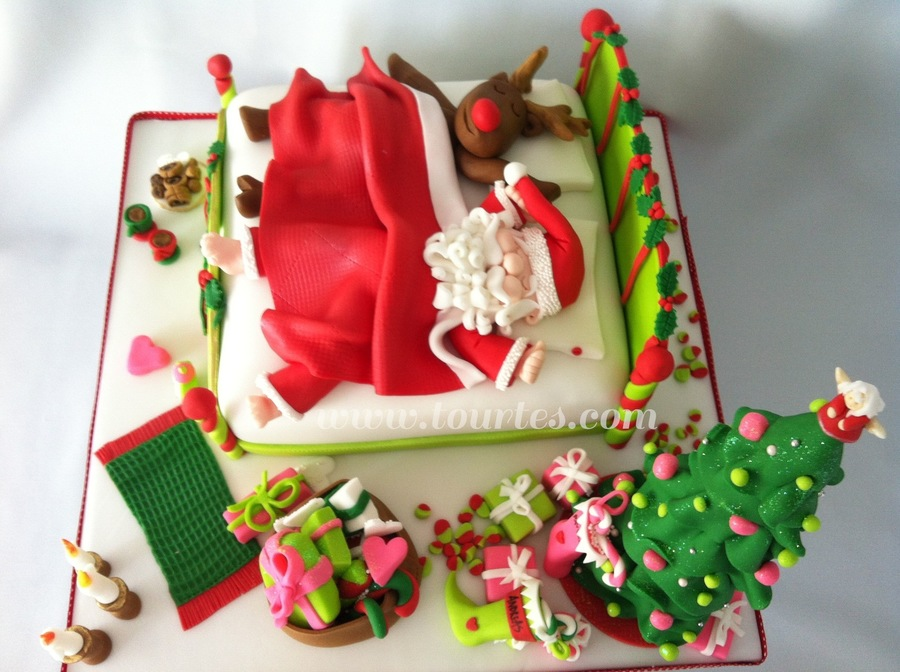 Santa And Rudolph Sleeping on Cake Central