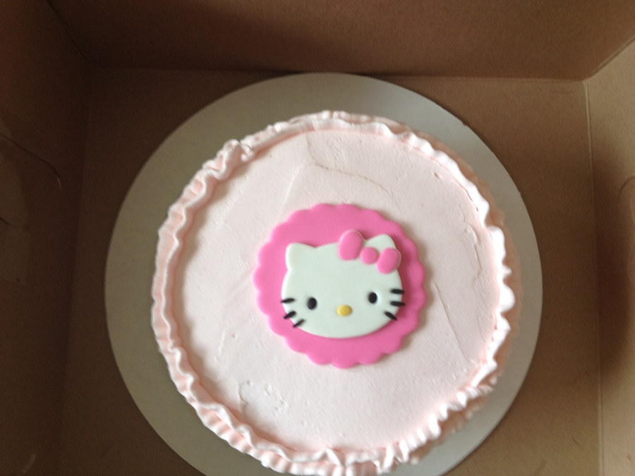 Cake Hello Kitty Pink : Hello Kitty Pink Ombre Ruffle Cake - CakeCentral.com