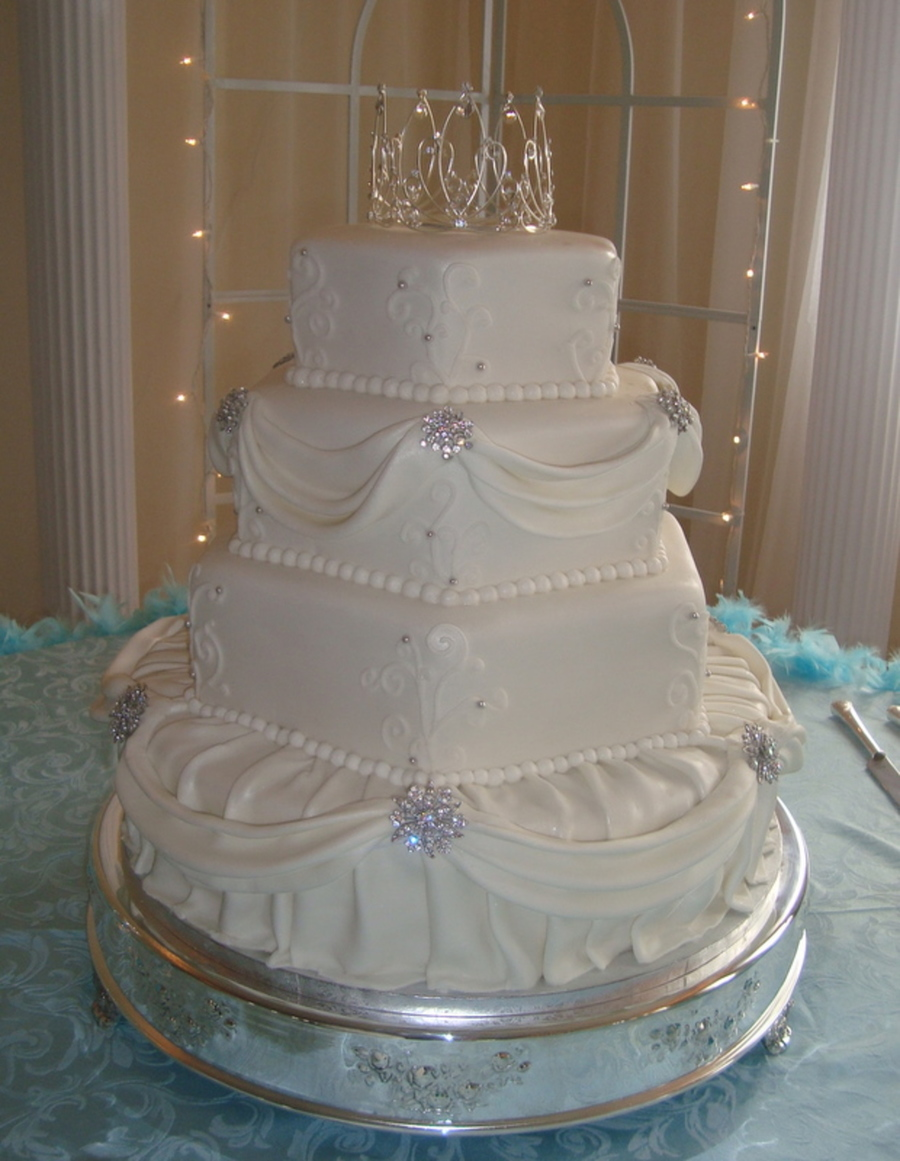 Elegant  Tier Wedding Cakes