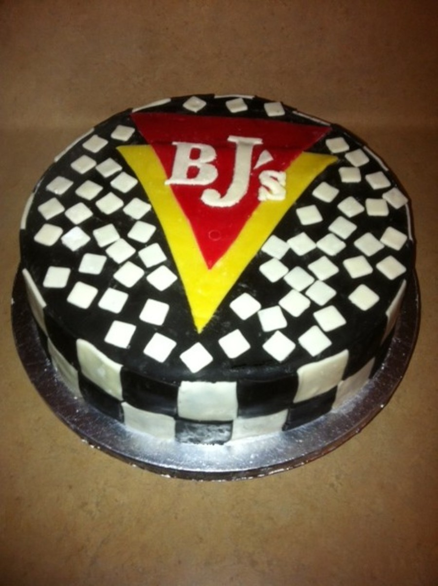 Bjs Brewery 1 Year Anniversary on Cake Central