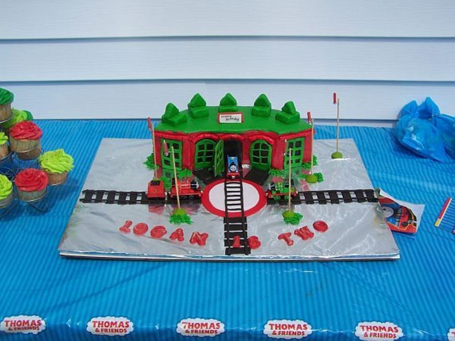 Thomas Train Roundhouse on Cake Central