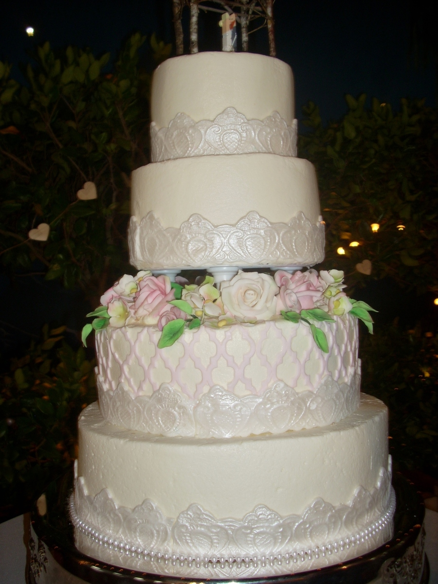4 Tier Wedding Cake on Cake Central