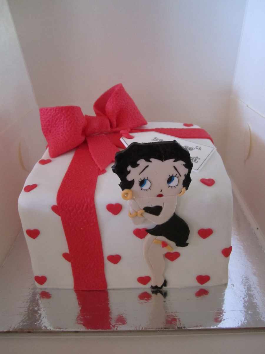 Betty Boop Themed Cake  on Cake Central