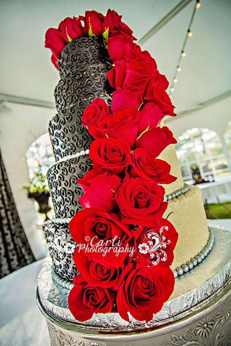 Half Black Half White With Fresh Roses Red Velvet With ...