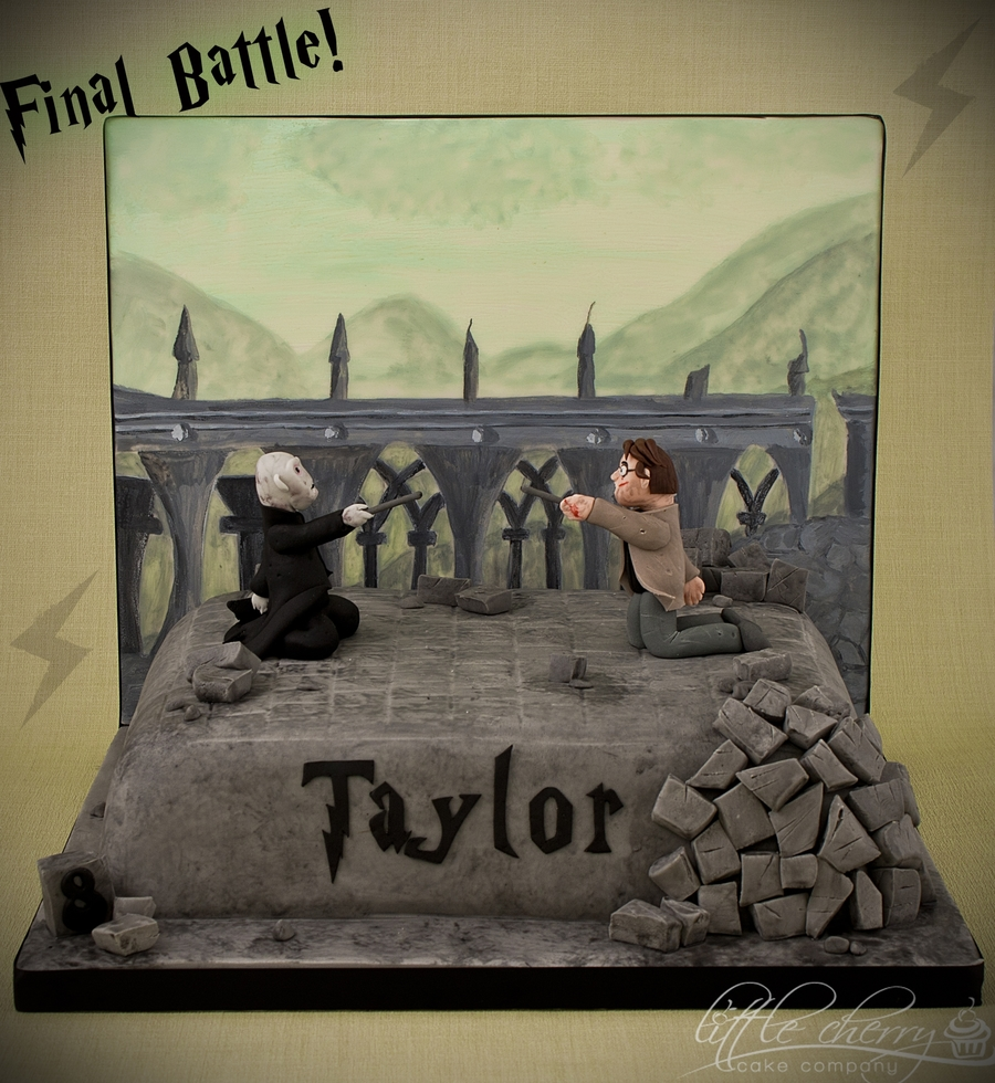 Harry Potter Cake - The Final Battle on Cake Central