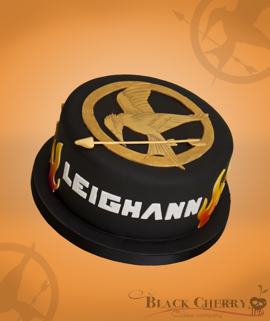 Hunger Games Cake on Cake Central
